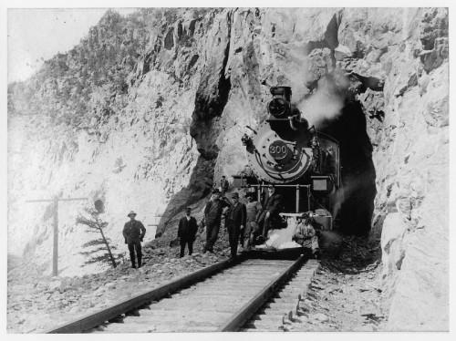 train at gilman